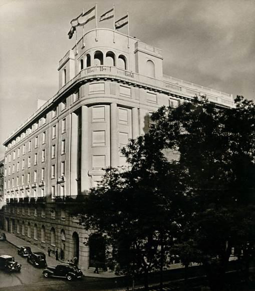 Fachada del Hotel Wellington